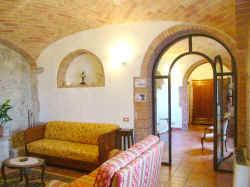 Ulivi - Arco tra cucina e salotto ...